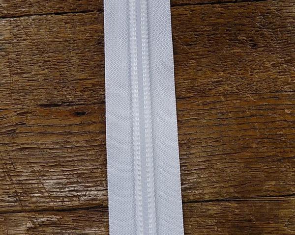 #10 ykk coil chain zipper